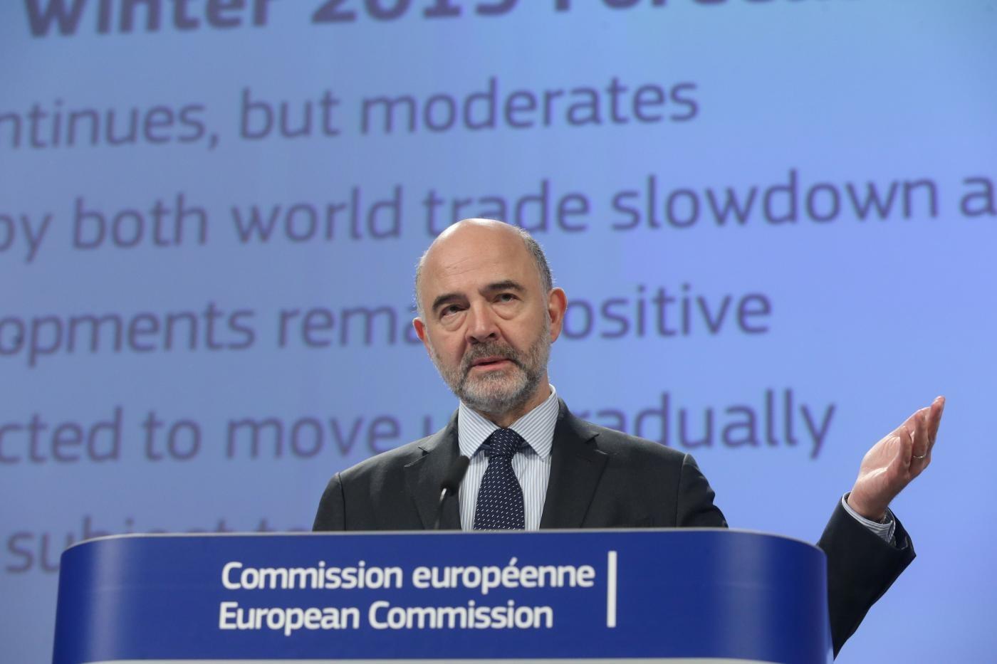 """Def, Moscovici avverte: """"Economia italiana fonte di incertezza per tutta l'Eurozona"""""""