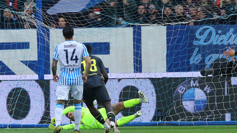30' Gol di Kean su assist di Cancelo! Juve in vantaggio! ©
