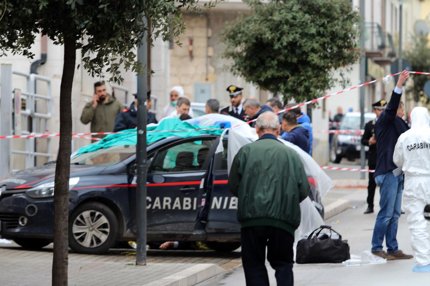 """Il killer del carabiniere """"ha  sparato fino a svuotare il caricatore"""""""