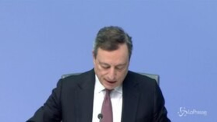 "Crescita, Draghi sprona Italia: ""Riforme in fretta"""