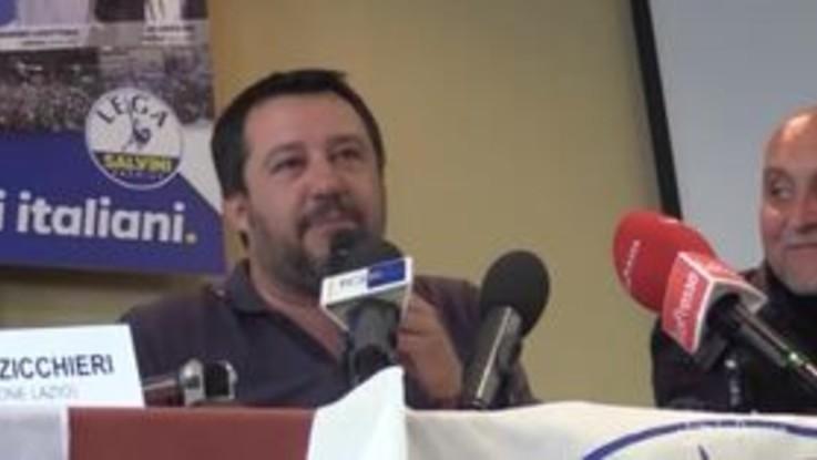 """Salvini: """"Vado da Fazio solo se si dimezza lo stipendio"""""""