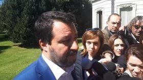 """Flat tax, Salvini: """"Bisogna farla in fretta e bene"""""""