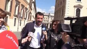 """Salvini smentisce Tria: """"L'Iva non aumenta"""""""