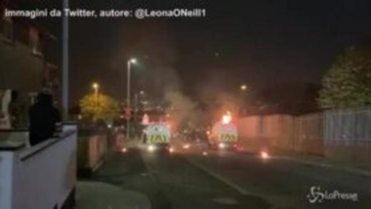Giornalista uccisa in Irlanda del Nord: gli scontri a Derry
