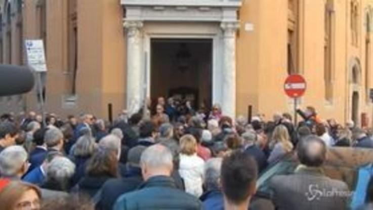 "Funerali Bordin, Emma Bonino: ""La sua perdita stimolo a difendere Radio Radicale"""
