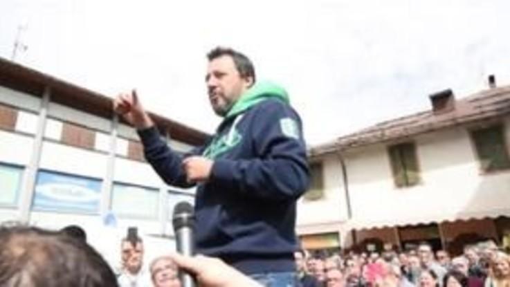 """Salvini: """"Da Fazio il 5 maggio ma ci vado solo se si dimezza lo stipendio"""""""