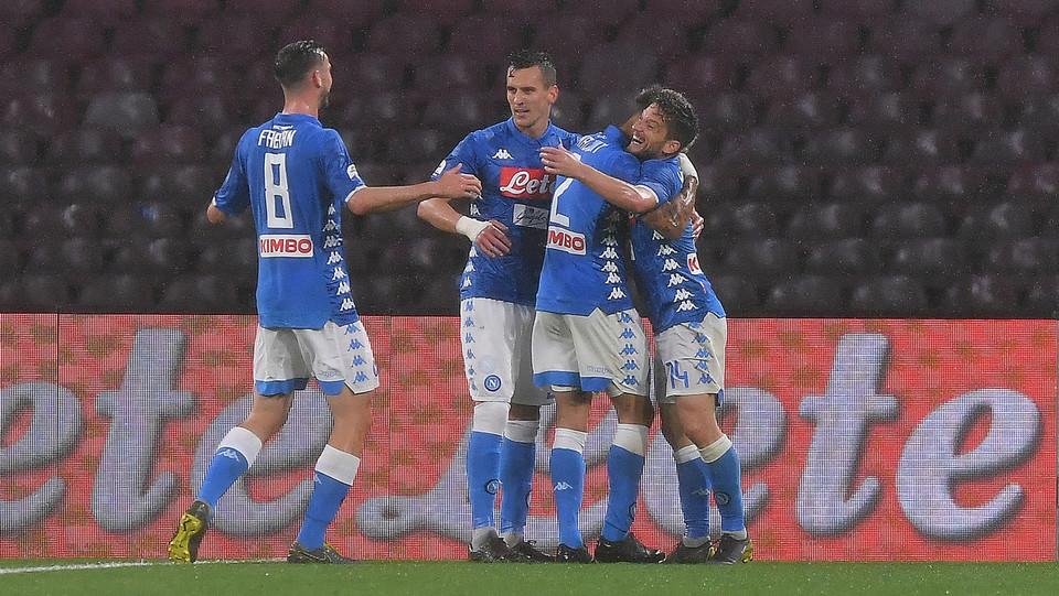 Gioia Napoli dopo il primo gol ©