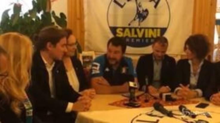"""Salvini: """"Problema in Italia è estremismo islamico, rossi e neri sono nostalgici fuori dal tempo"""""""