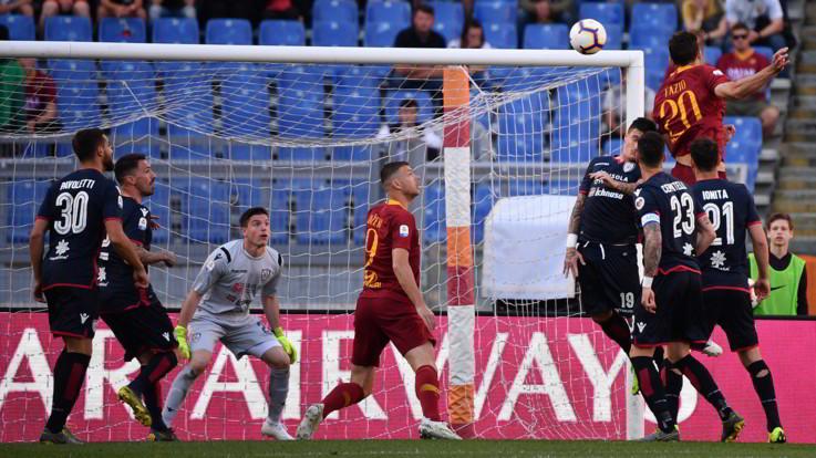 Serie A, Roma tiene passo Champions: tris al Cagliari, agganciato 4° posto
