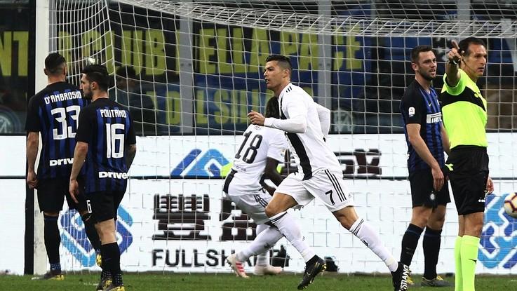 Serie A, Ronaldo agguanta il Ninja. Inter-Juve 1-1
