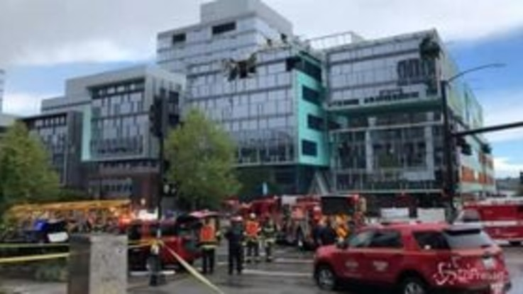 Seattle, crolla gru sul campus Google: 4 morti