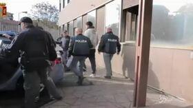 Stupro a Viterbo, arrestati due esponenti di Casapound: sul cellulare i video delle violenze
