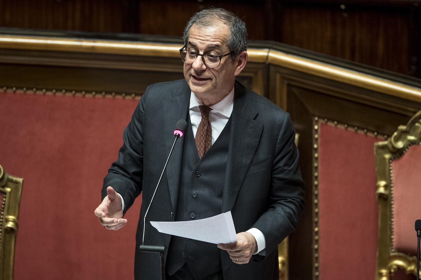 Istat, il Pil sale dello 0,2%. L'Italia esce dalla recessione