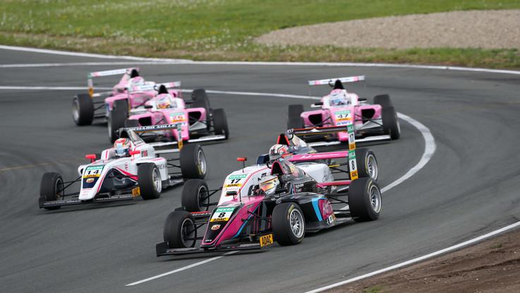 Abarth ci mette il motore: Formula 4 al via