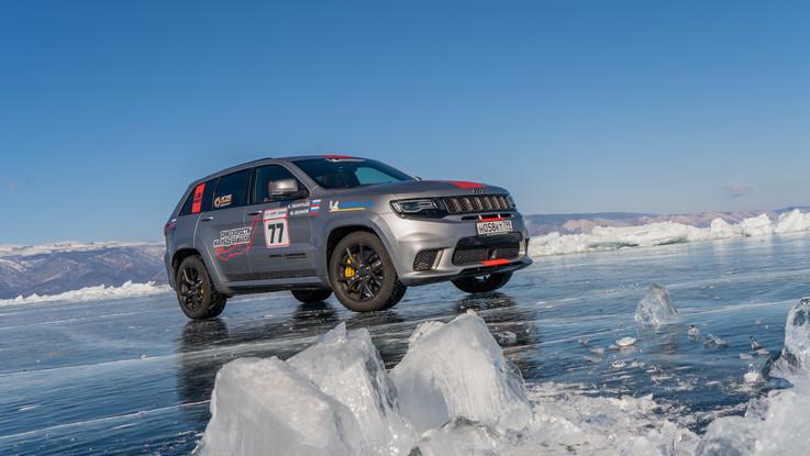 Jeep conquista il record di velocità sul ghiaccio