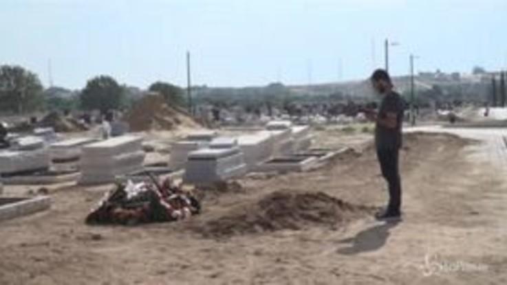 Israele, i funerali del 58enne ucciso dai razzi palestinesi