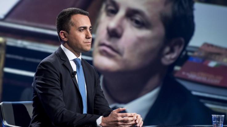 """M5S attacca: """"Lega minaccia il governo sull'autonomia? Vero motivo è la poltrona di Siri, ma sono gli italiani a chiedere che lasci"""""""