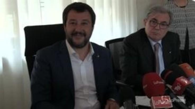 """Salvini a Berlusconi: """"Niente governi a tavolino"""""""