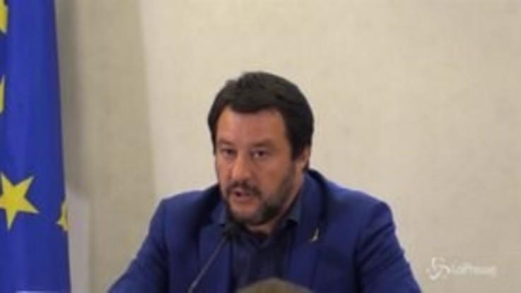 """Revoca Siri, Salvini: """"I processi si fanno in tribunale, resto perché l'Italia ha bisogno di un governo"""""""