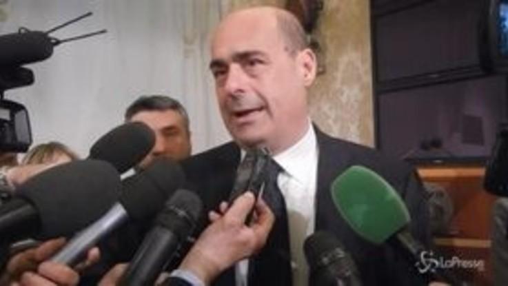 """Governo, Zingaretti: """"Tria conferma, o sale Iva o tagli alla spesa"""""""