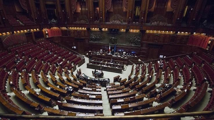Riforme, Camera approva con 310 sì e 107 no ddl taglio parlamentari
