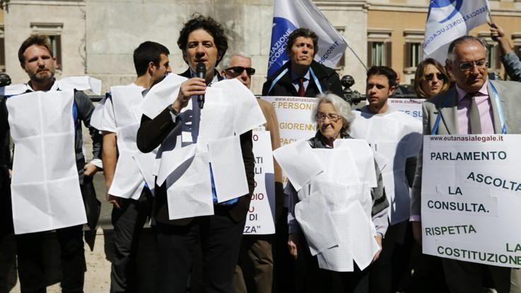 Eutanasia, il 93% degli italiani è a favore