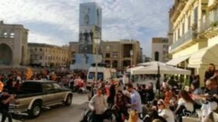 Il Lecce torna in Serie A, grande feste nelle strade della città