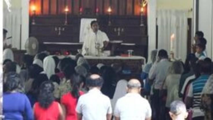 Sri Lanka, i cattolici celebrano la prima messa domenicale dopo gli attentati