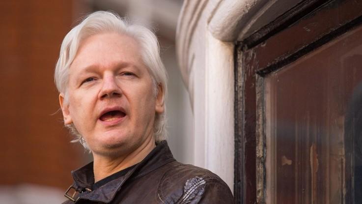 Accuse di stupro contro Assange: riaperta l'inchiesta in Svezia