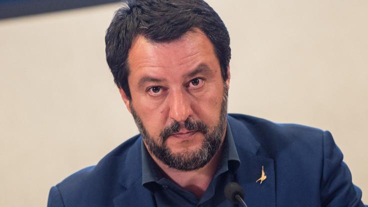 """Salvini: """"Dobbiamo sforare il 3%"""". Di Maio: """"Sparate irresponsabili, fanno aumentare lo spread"""""""