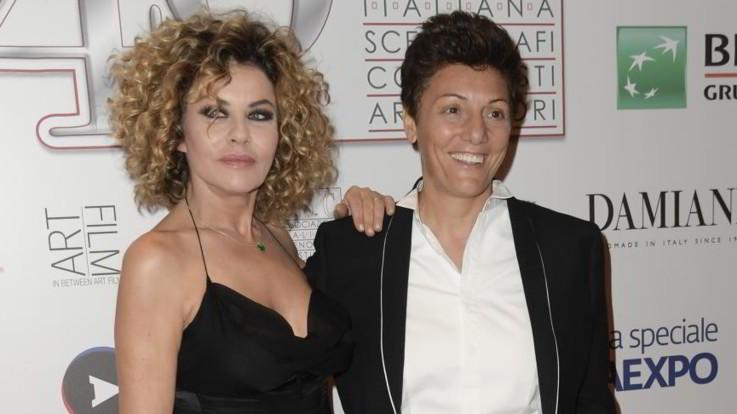 Eva Grimaldi e Imma Battaglia spose: il matrimonio su Real Time con Enzo Miccio