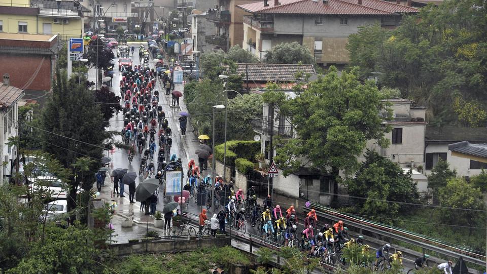 Il Giro si muove da Frascati ©