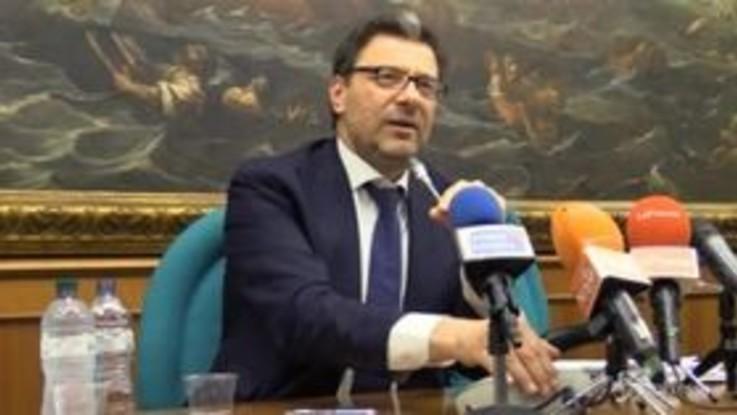 """Spread, Giorgetti: """"Spero non condizioni le vicende politiche italiane"""""""