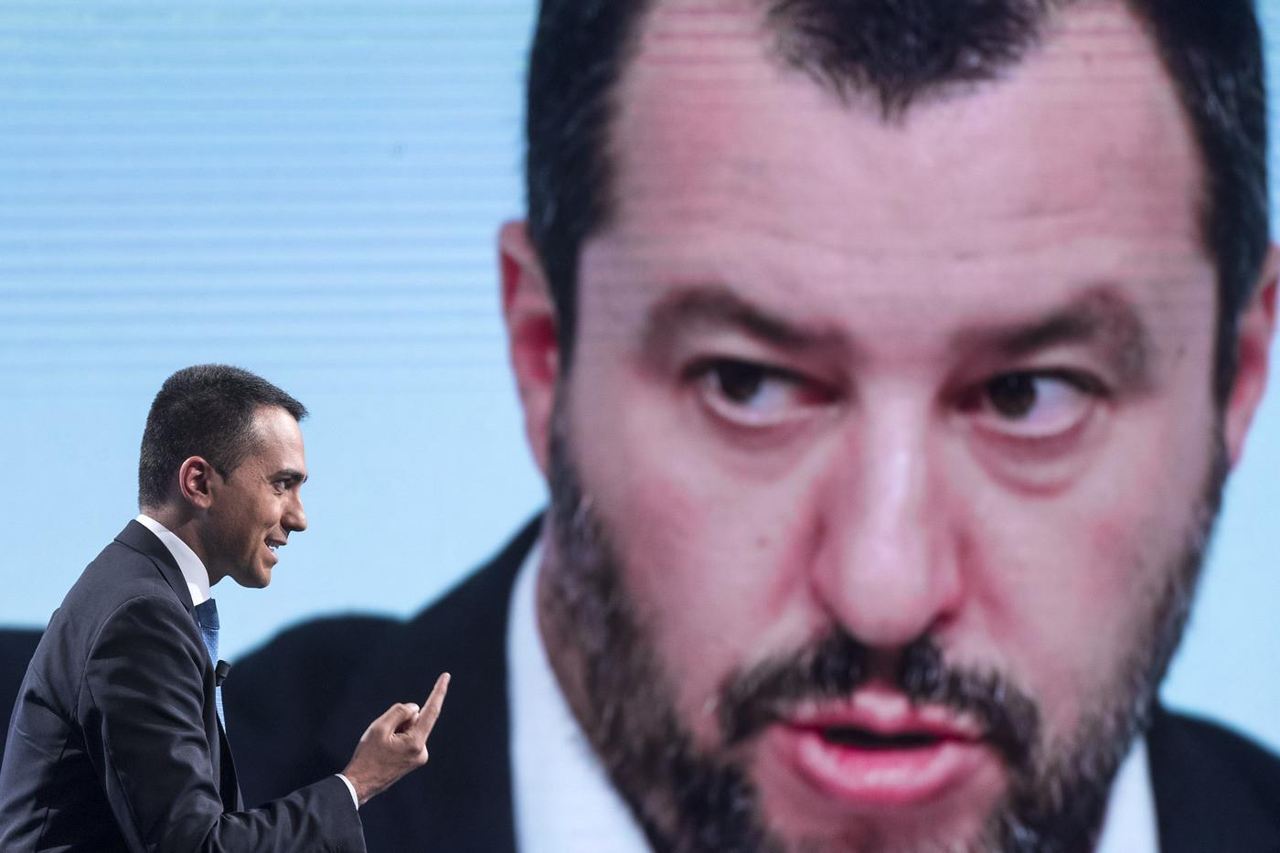 """Salvini insiste su Dl sicurezza bis e punta a spaccare il M5s. Di Maio: """"Vedremo"""""""