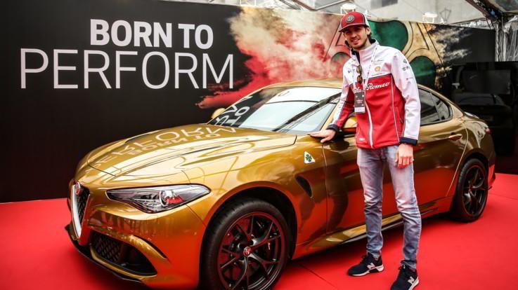 Alfa Romeo Giulia, livrea Ocra alla Mille Miglia