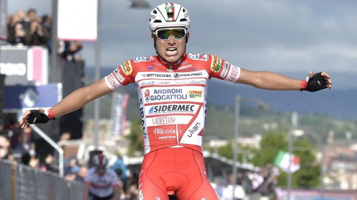 Giro rivoluzionato. A San Giovanni Rotondo vince Masnada, Valerio Conti in rosa