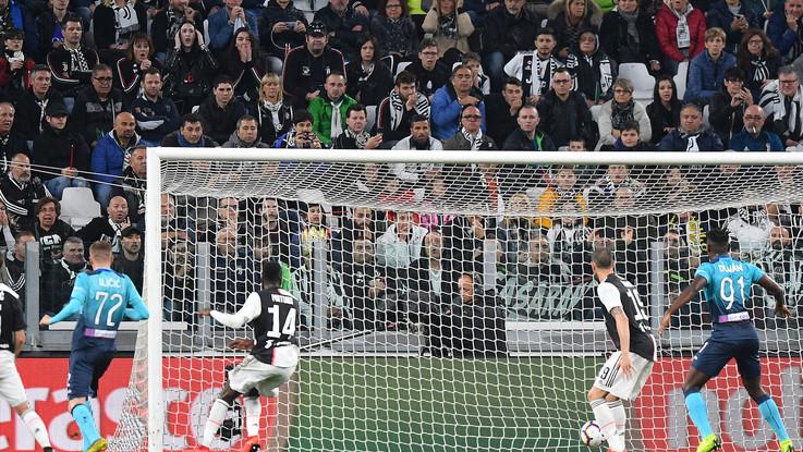 Juve, dopo la festa si sveglia e raggiunge l'Atalanta: 1-1