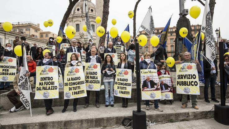 Radio Radicale, bocciati gli emendamenti per salvare la storica emittente