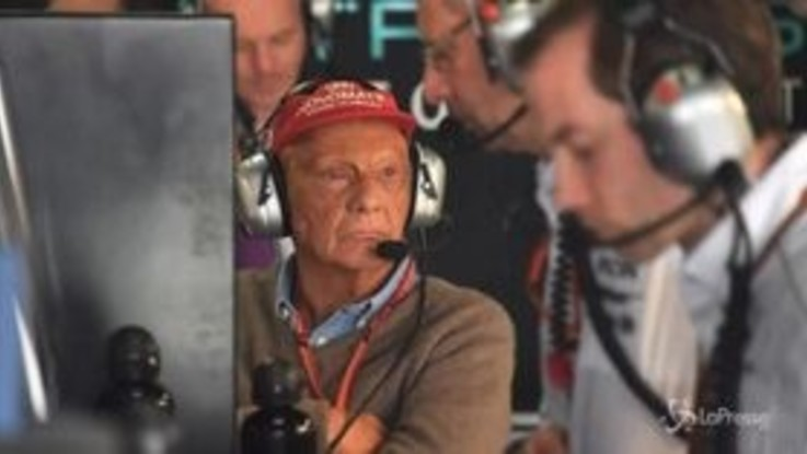 """L'ultimo saluto della Ferrari a Lauda: """"Sempre nei nostri cuori"""""""
