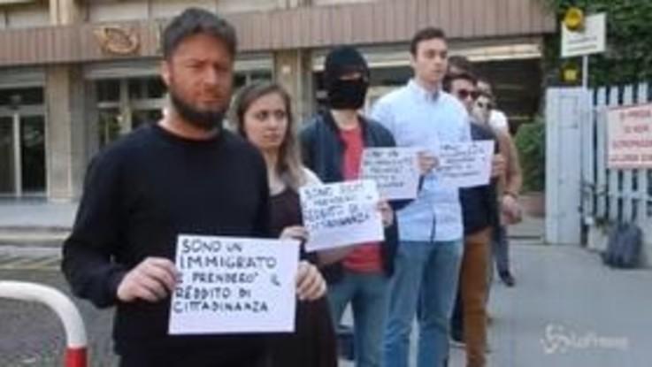 Reddito cittadinanza, Gioventù nazionale protesta davanti alla sede Inps di Roma