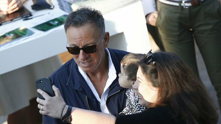 Bruce Springsteen, papà premuroso: a Roma per la figlia Jessica