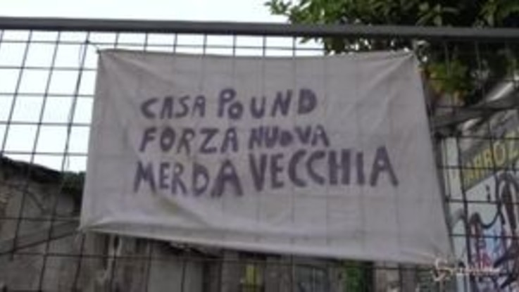 Roma, presidio antifascista a San Lorenzo