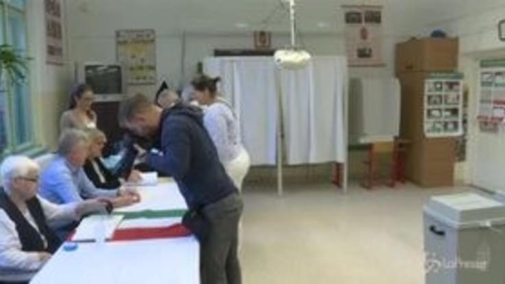 Elezioni Ue, seggi aperti in Grecia e Ungheria