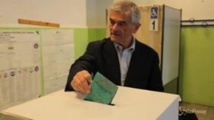 Torino: Chiamparino al seggio