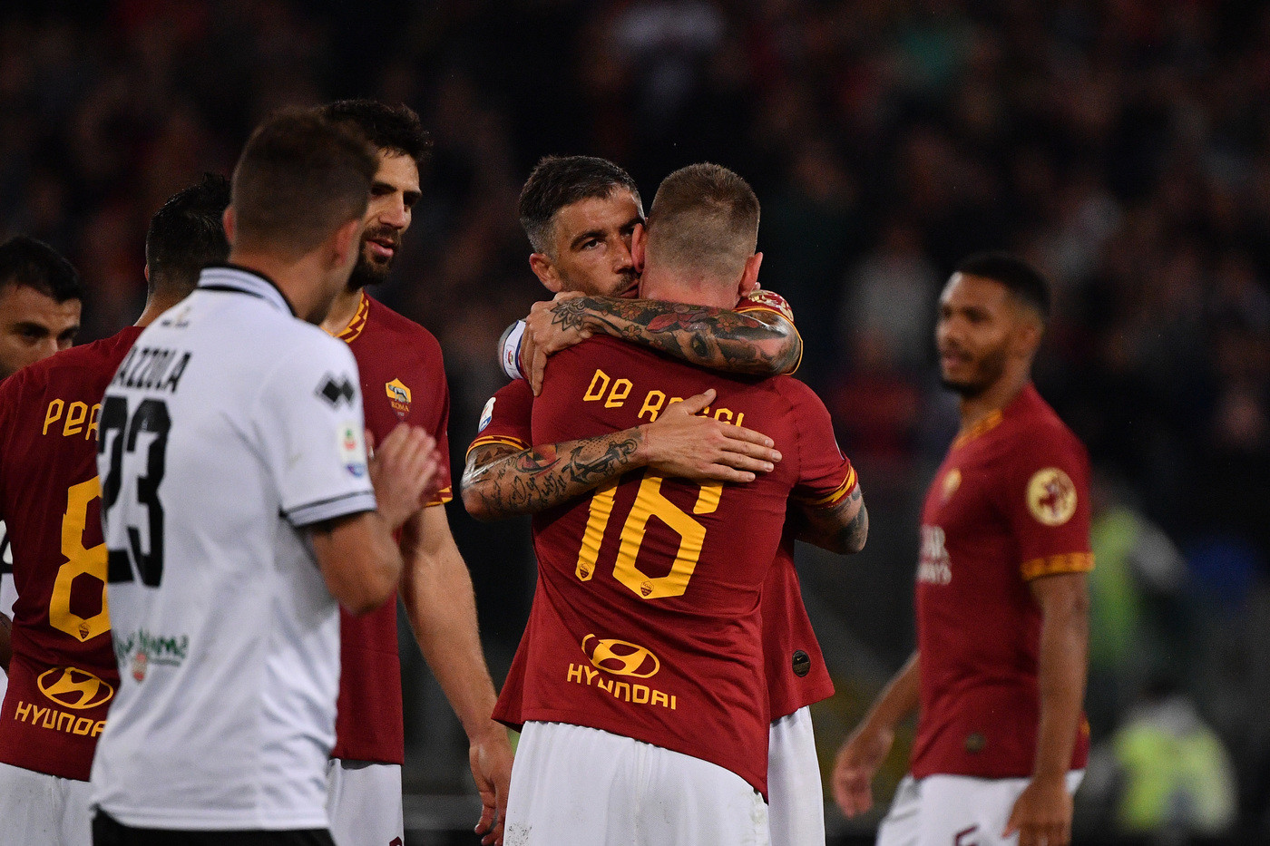 Serie A, Roma saluta De Rossi: Parma ko 2-1, giallorossi in Europa League