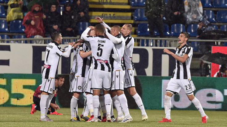 Serie A, Udinese espugna Cagliari in rimonta: alla fine è festa per tutti