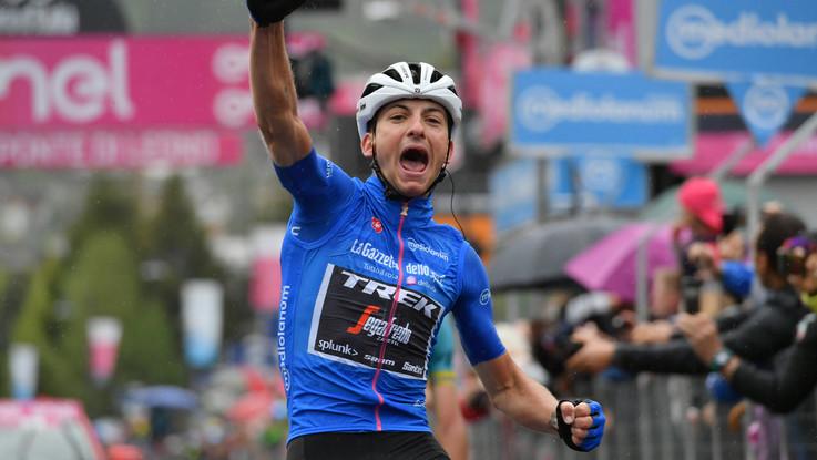 Giro d'Italia: Ciccone vince 16/a tappa, Carapaz in rosa. Cede Roglic