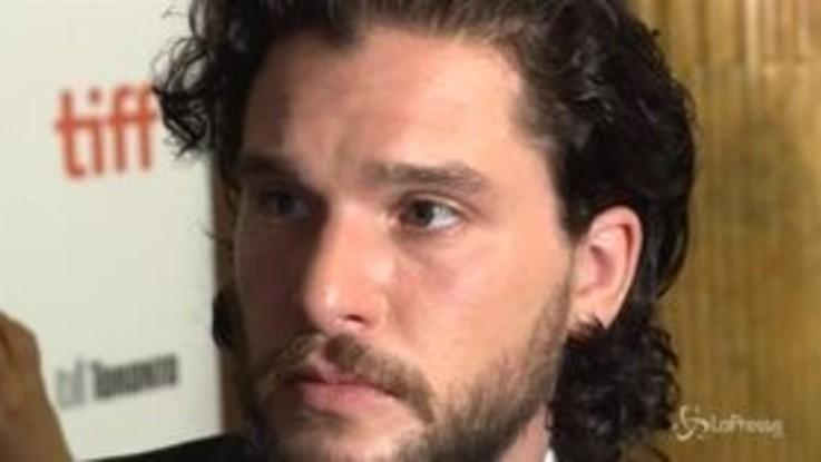 Trono di Spade, Kit Harington in riabilitazione: crollo psicologico per Jon Snow