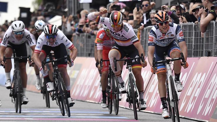 Giro d'Italia, Damiano Cima trionfa a Santa Maria di Sala