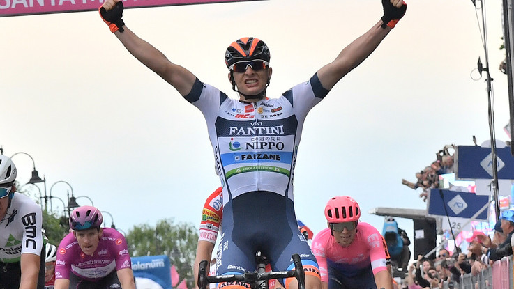 Giro d'Italia, diciottesima tappa Valdaora-Santa Maria della Seta. Il fotoracconto